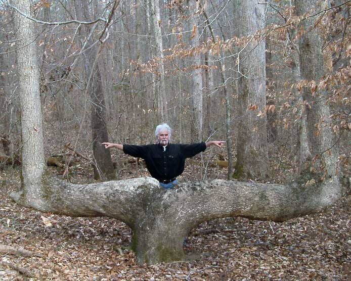 Dennis Downes documenting the Alabama Boundary Tree, 2005.