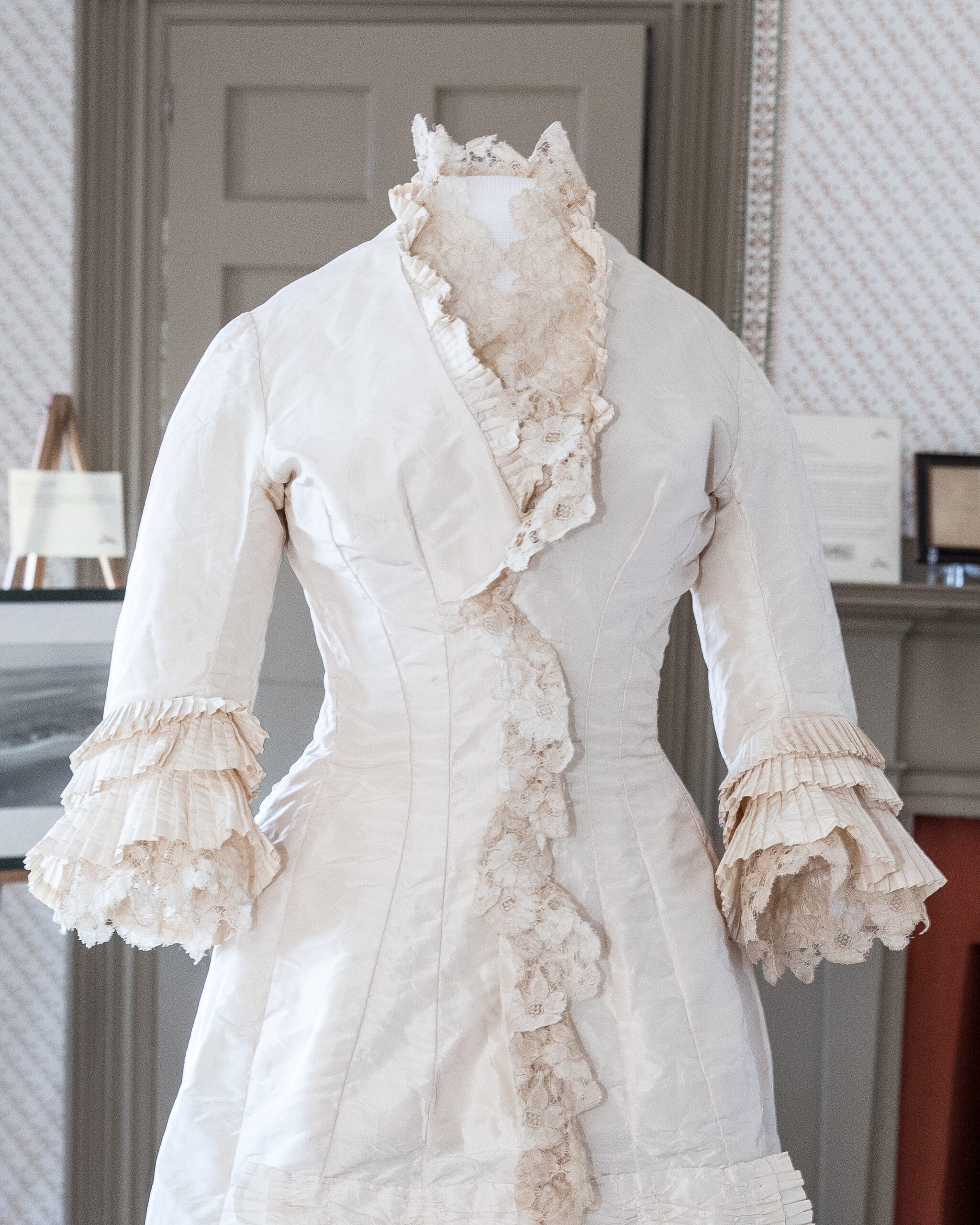 Lunchtime Conversation: Historic Clothing & Textiles